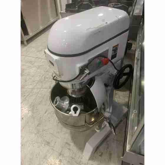 Impastatrice Mescolatrice Planetaria Mixer Professionale capacità 40 litri - MONOFASE usata