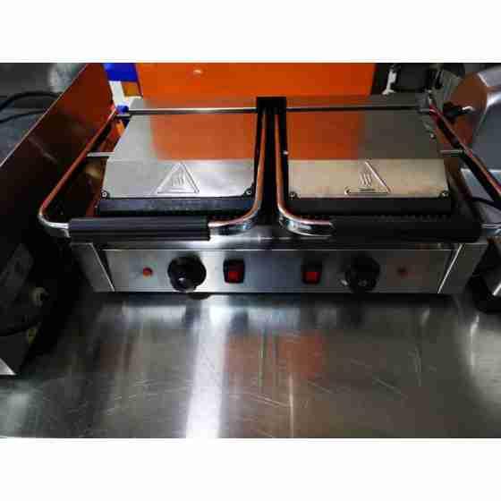 Piastra panini doppia Rigata / Rigata 520x365x210h mm per Bar Pub Ristorante - Usato